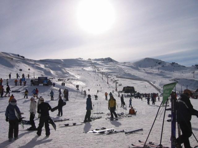 nieve para esquiar