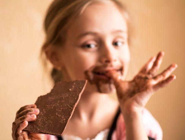 Chocolade bij ziek zijn Shutterstock door Maksymenko Nataliia