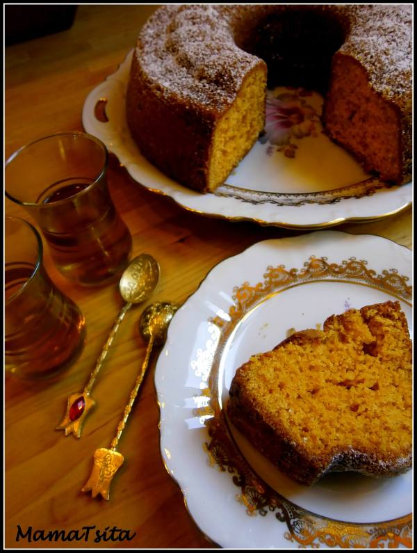 Κέικ πορτοκάλι με ταχίνι πορτοκάλι