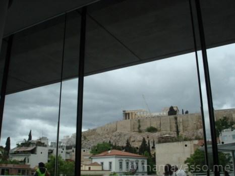steki-akropoli-zeus