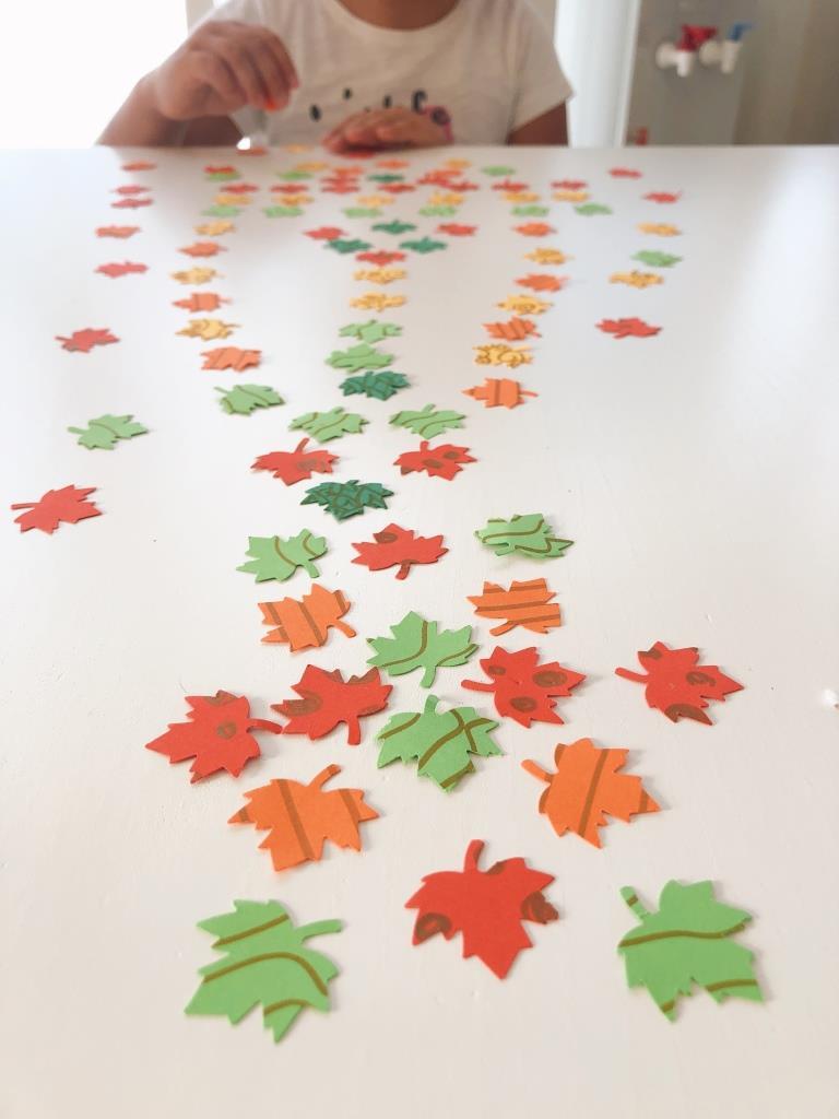 juegos sobre el otoño con papel
