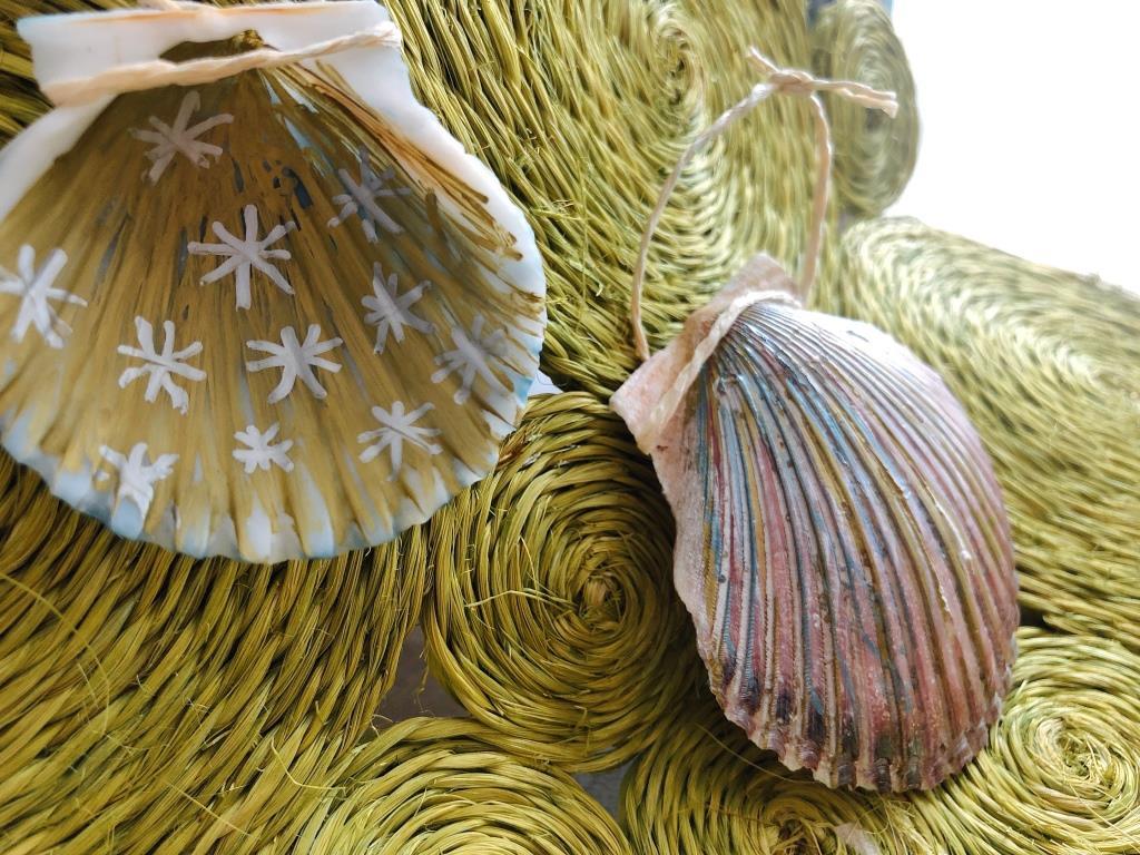 adornos con conchas