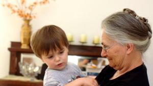 5 Tips de crianza para cuando vives en casa de tu suegra