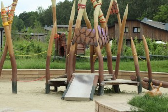 village-nature-mamazine-spielplatz-02