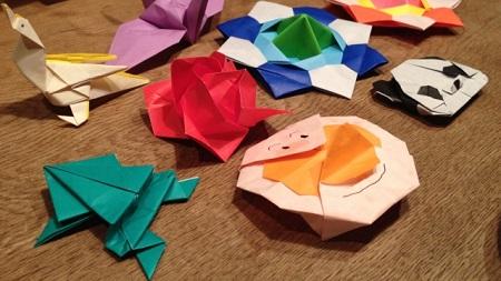 折り紙の画像