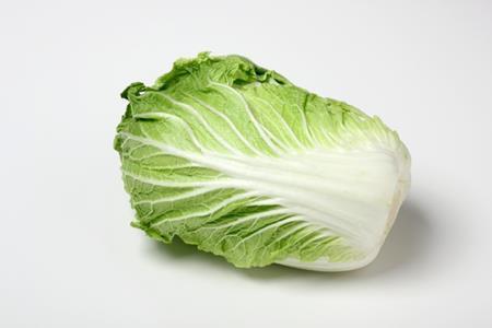白菜を冷凍庫で保存できるの?葉野菜は萎びれそうだけれど・・・