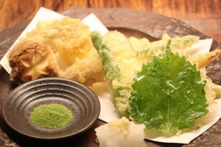 大葉(シソ)の天ぷらをするときにサクサクに揚げるコツは?