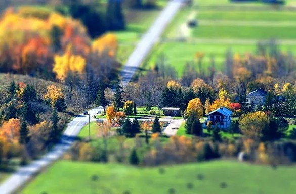 mini village - 30+ Awesome Examples of Tilt-Shift Photography