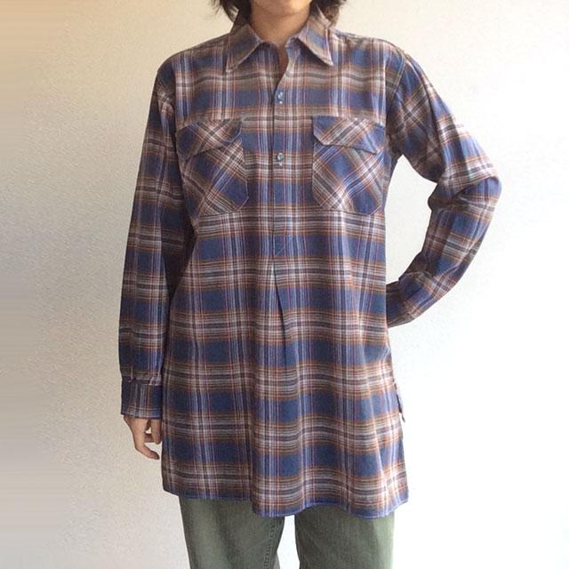 フランス古着のシャツ