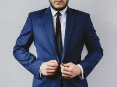 suit-portrait-preparation-wedding-large