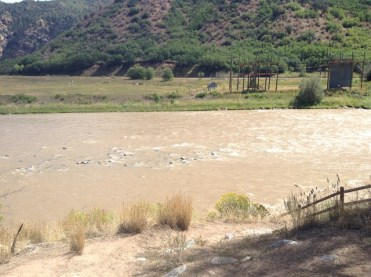 Quelques heures de repos à Glenwood Canyon, près le la rivière Colorado.
