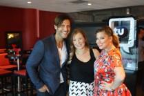 Aquí, con el experto en moda Quique Usales y con Vanessa Tartak, quien amablemente me invitó a este evento.