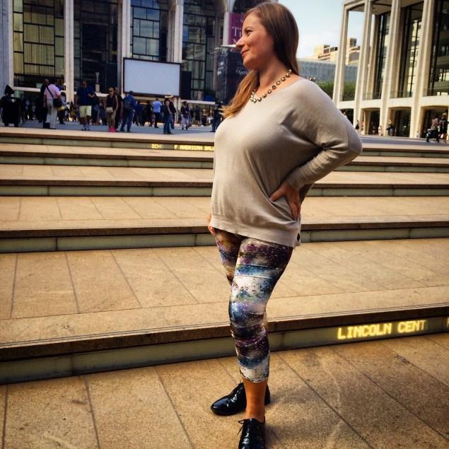 Afortunadamente en mi primer y segundo embarazo me he sentido muy bien. Aquí afuera de Lincoln Center cubriendo Fashion Week en septiembre del 2014.