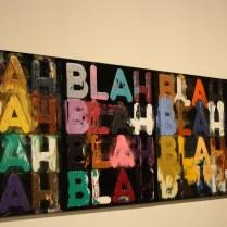 Esta pieza del Mel Bochner era una de las que más llamaba la atención a la entrada de la exhibición.