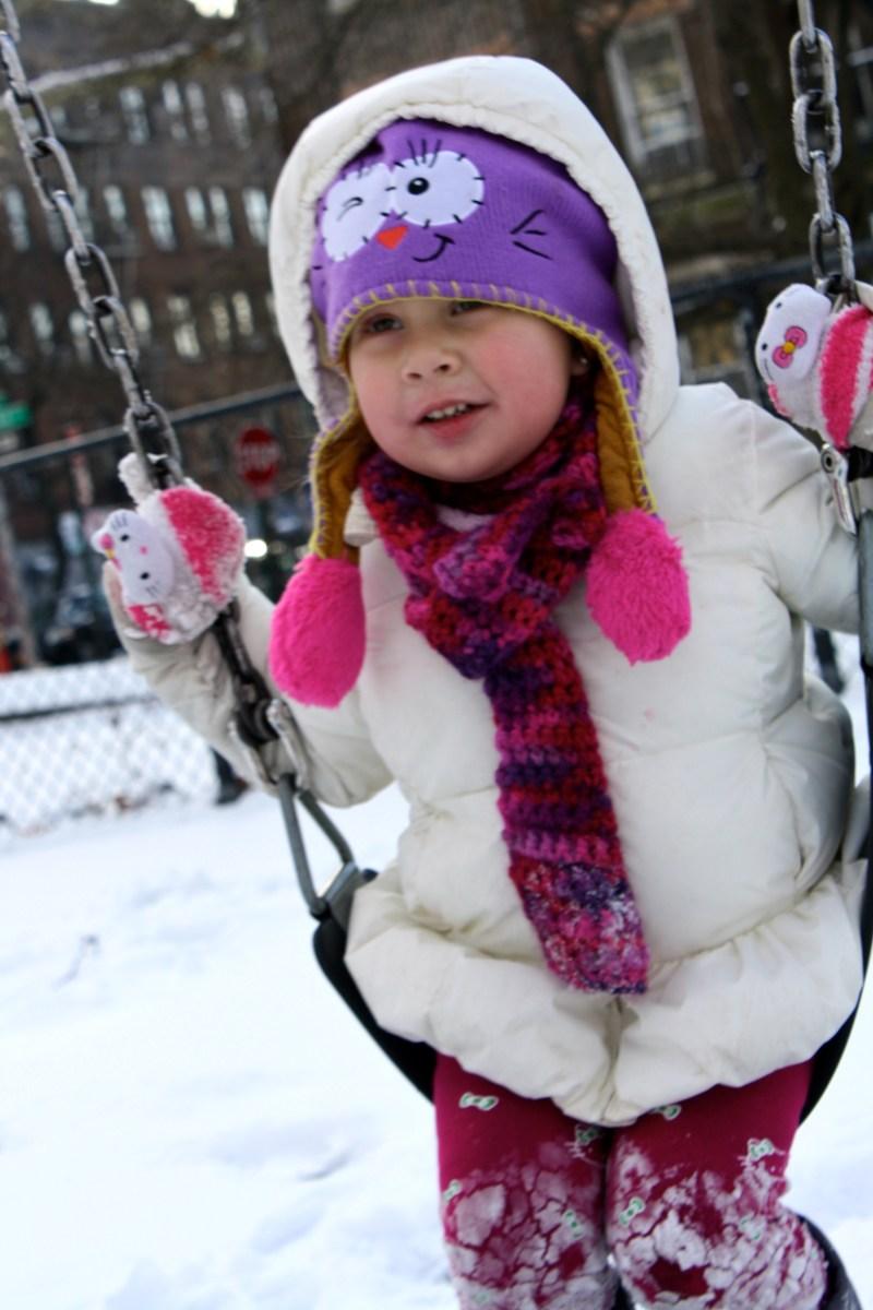 Disfrutando la nieve con niños