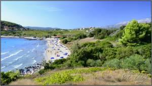 Peščena plaža v Lumbardi.
