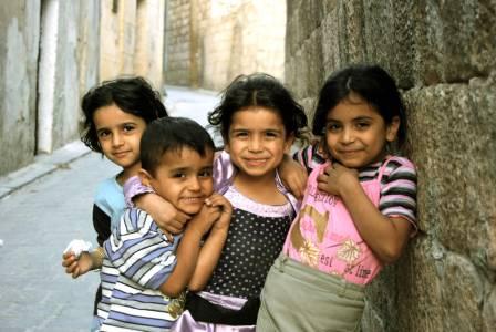 Children Aleppo Syria Lg