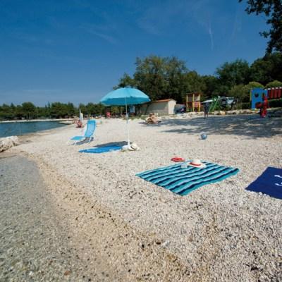3 NAJ destinacije na Hrvaškem morju za družine z majhnimi otroki