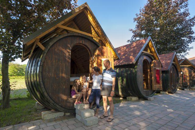 Family Vacation_Glamping in wine barrel_Grand Hotel Primus_Terme Ptuj_Foto Z Vogrincic_0209 14