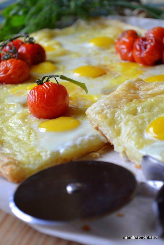 Лепёшка с сыром и яйцами