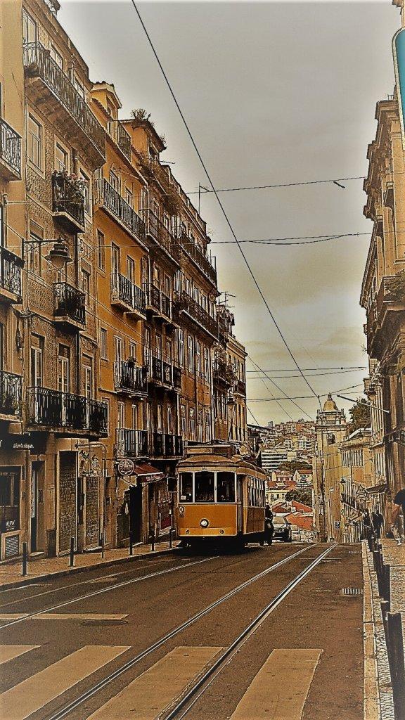 Komfortzone verlassen - alleine ausgehen im Bairro Alto Lissabon