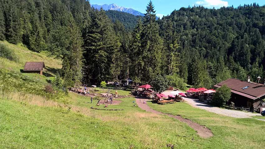 Ausflug in die Berge für familien mit kleinen Kindern: Gießenbachklamm und Schopper Alm