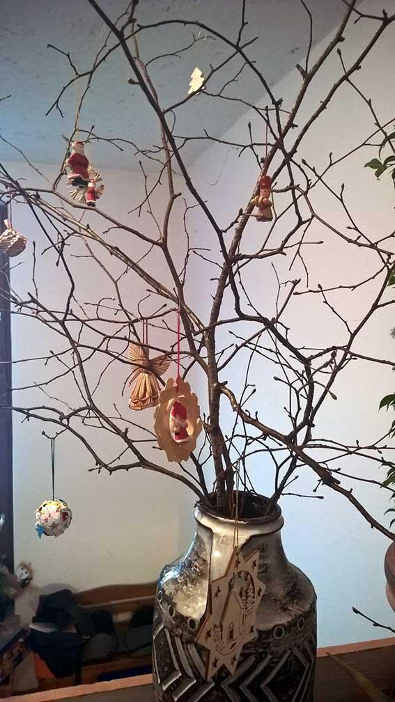 Backen und Dekoration für die Weihnachtszeit zum Einstimmen: kreativer Weihnachtsschmuck
