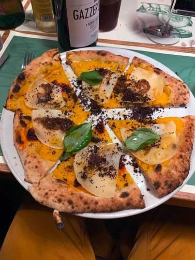 Pizza Gourmet Kurztrip Mailand kulinarik