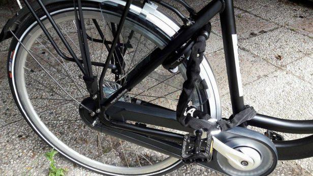 Mijn e-bike is standaard voorzien van een goedgekeurd AXA Defender slot