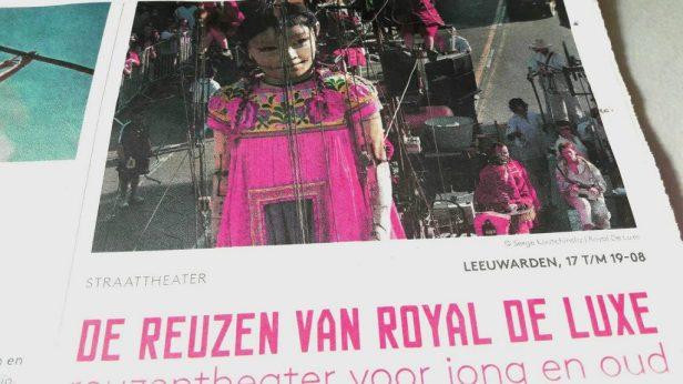 reuzen van royal de luxe bepalen het straatbeeld