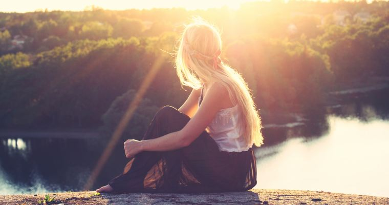 Growing Up Glowing – A Woman's Story of Survival and Inner Strength