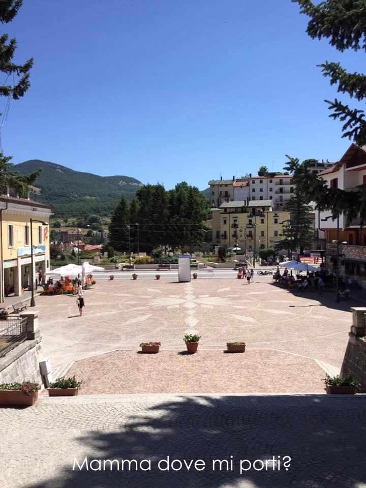 Roccaraso Piazza Municipio - Montagna con bambini Abruzzo