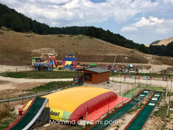 Scivoli Gommoni e BigAirBag Coppo dell'Orso Roccaraso - Montagna con bambini Abruzzo