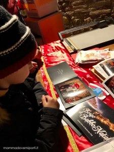 Foto ricordo con Babbo Natale al Borgo di Babbo Natale di Ripattoni