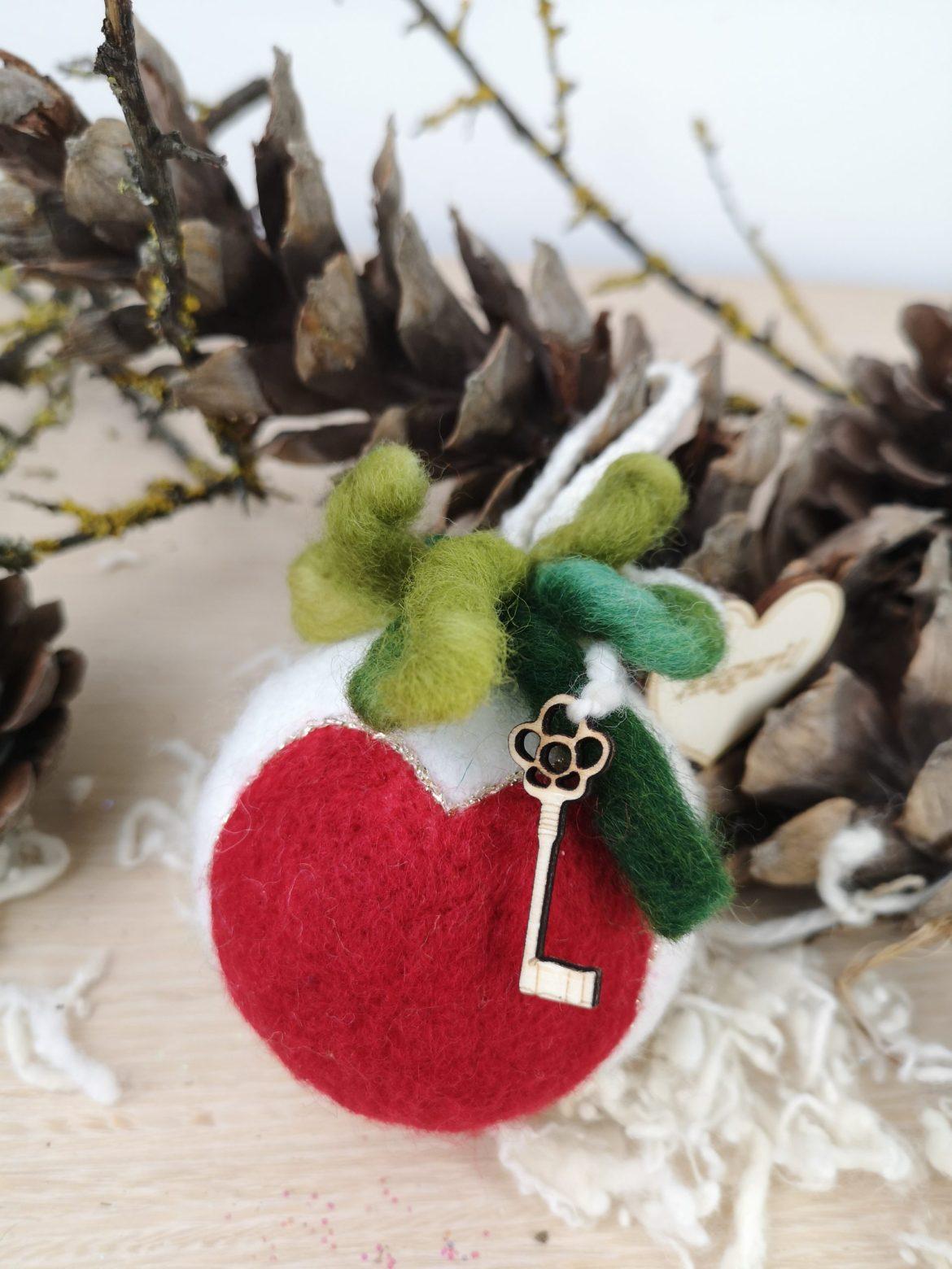 Regali di Natale 2020: idee regalo di Sogni di Cinzia, pallina rossa
