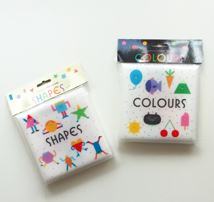 Colour and shapes bath books on mammafilz.com
