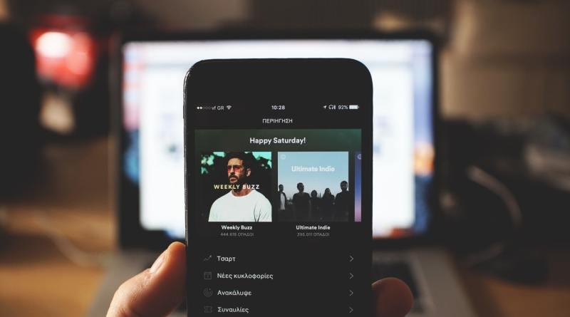 collegare spotify alexa