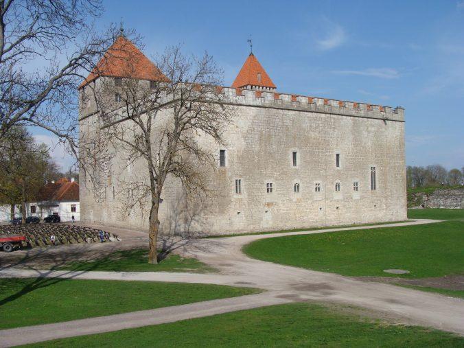 kuressaare e il suo castello