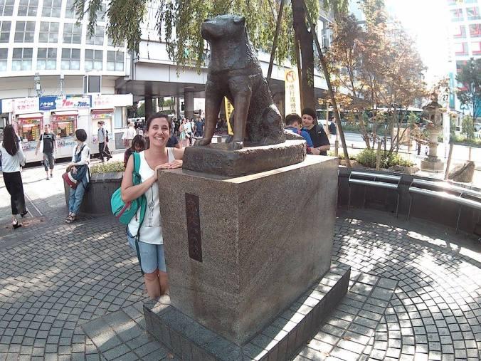 cosa vedere in Giappone : la statua di Hachiko