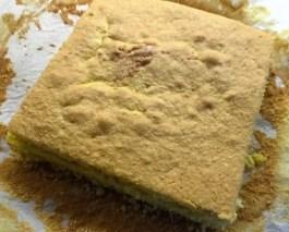 pan di spagna tagliato, parte superiore