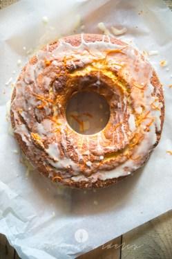 na widelcu ciasto dyniowe z pomarańczą 7232