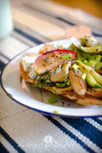 mam to na widelcu kanapka z warzywami zielonymi 7839