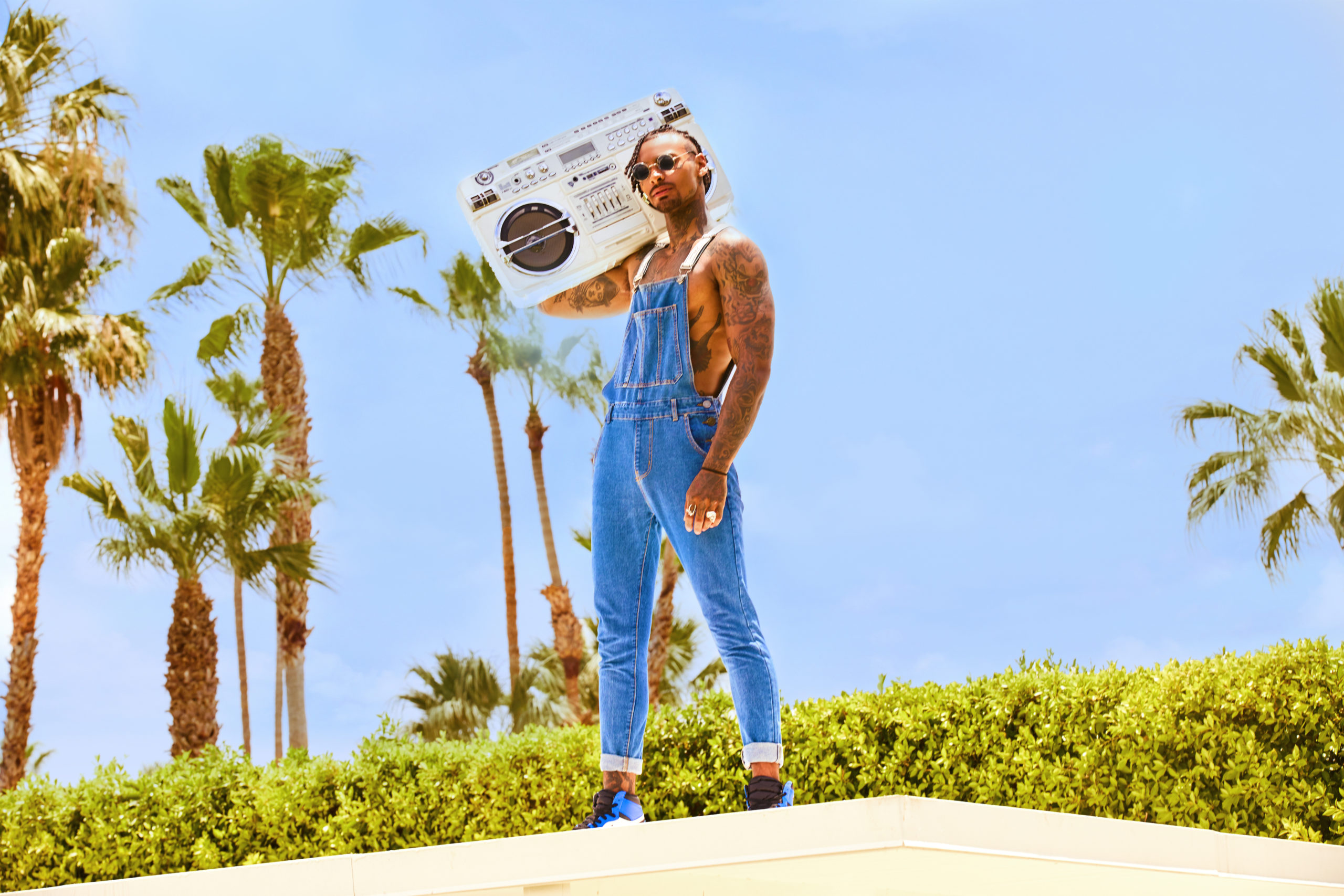 How to Wear Men's Dungarees? | Top Tips to Pull Off the Overalls Trend for Guys