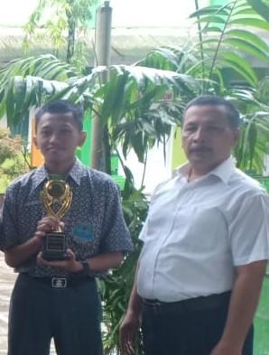 Man 2 Berjaya pada SMA 2 Makassar Speeling bee contest 2020