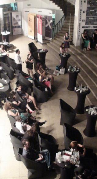 13 _ husa scaun