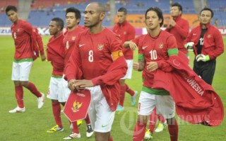 https://i2.wp.com/manado.tribunnews.com/foto/berita/2012/12/3/20121128_Timnas_Indonesia_vs_Singapura_2744.jpg