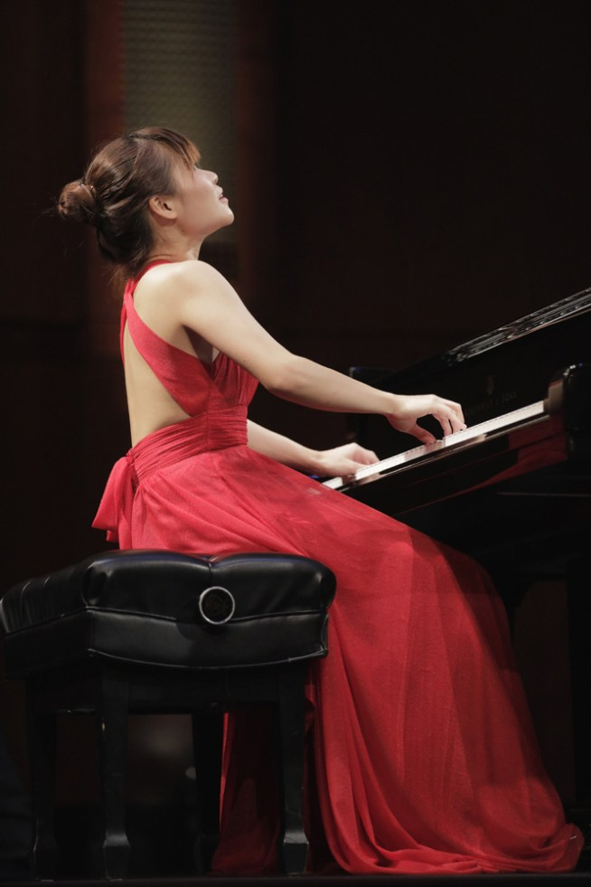 May 27, 2017. Rachel Cheung from Hong Kong performs during the Preliminary Round on Saturday of The Fifteenth Van Cliburn International Piano Competition held at Bass Performance Hall in Fort Worth,  Texas. (Photo Ralph Lauer)