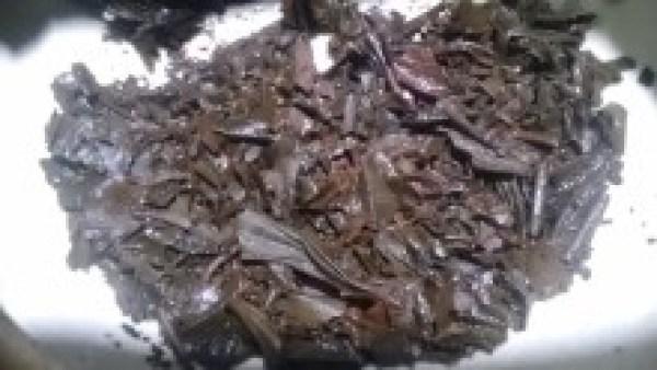 磯田園製茶20130801 やぶきた熟成国産紅茶2012 -茶殻