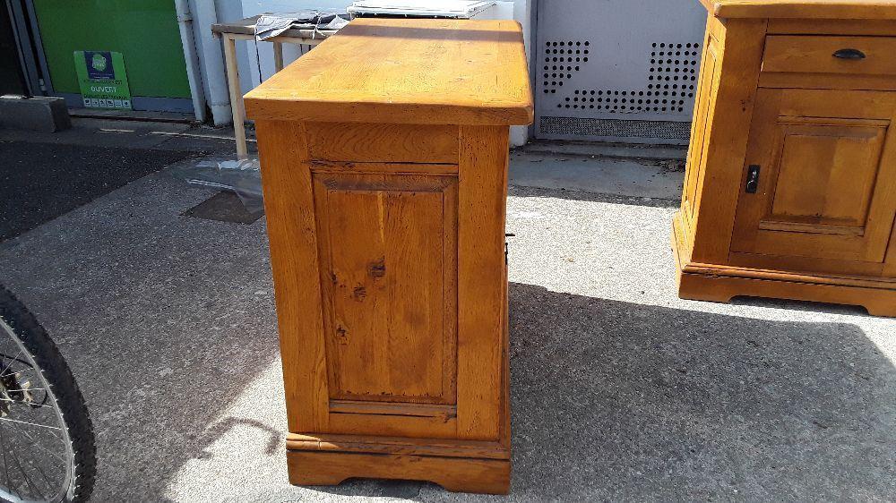 https annecy troc fr meubles tables chaises rangement occasion meuble tv rustique en chene massif 1 niche 2 portes 3897396