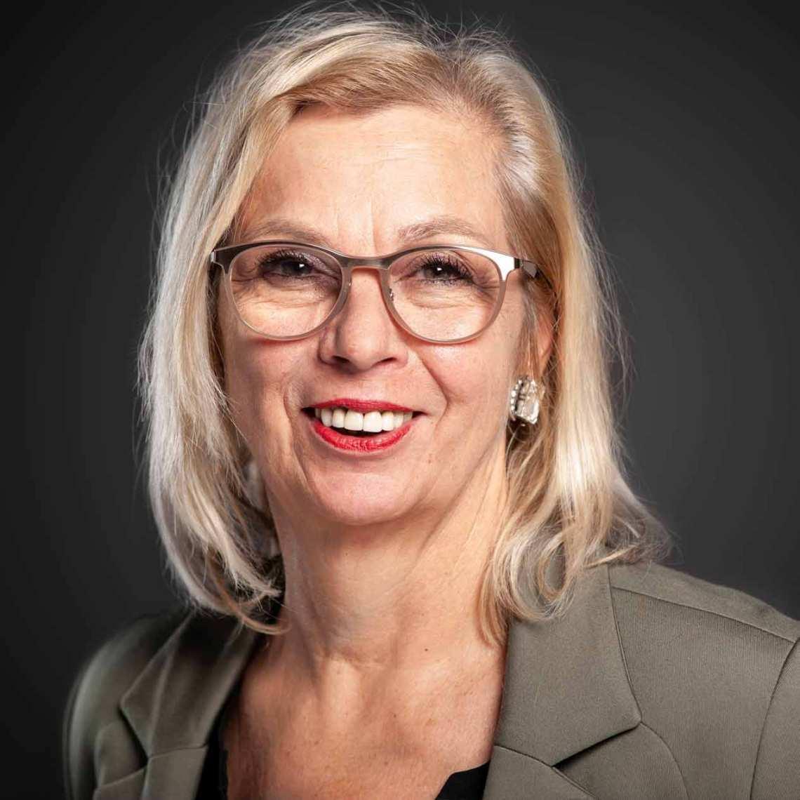 Vera Wiehe Managerinnen OWL